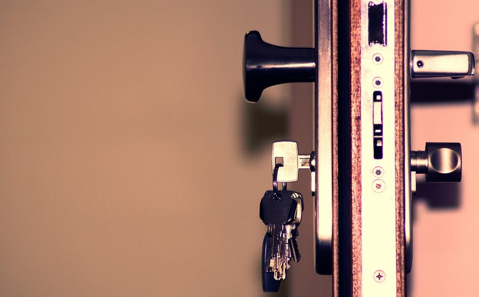 5 Factors to Consider When Choosing a Residential Locksmith in Las Vegas Area